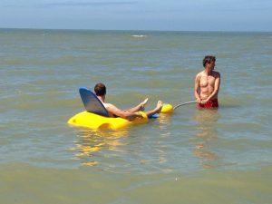 Met de rolstoel in zee