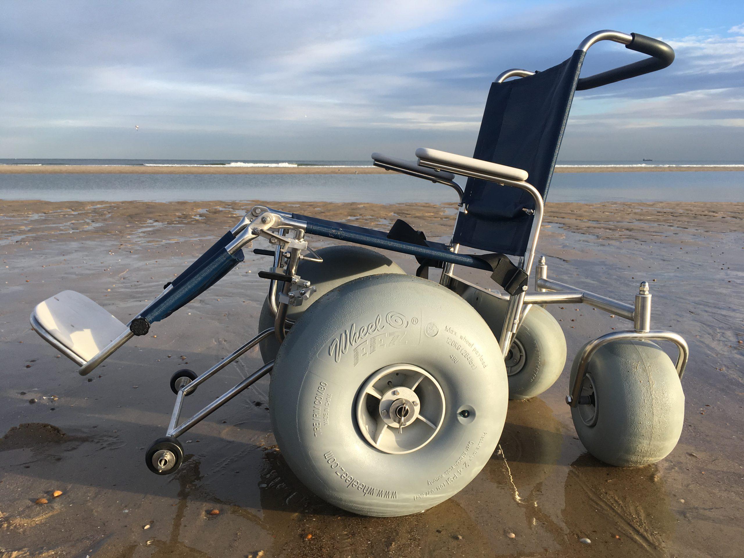 De-Bug strandrolstoel achteraanzicht